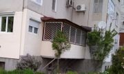 Проверяват законността на тераса към панелно жилище