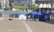 Блокадите в столицата остават