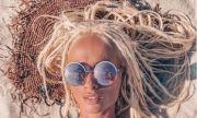 Алекс Енева и любимият ѝ на остров Крит