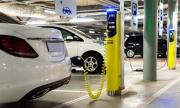 Електромобилите и хибридите задминаха по продажби дизелите