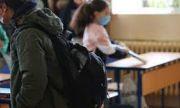 Родители излизат на протест, искат присъствена учебна година