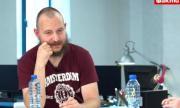 Поетът Глишев предупреди за готвена провокация срещу палатковия лагер на Орлов мост