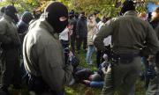 Защо силите за сигурност в Беларус са толкова брутални?