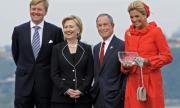 Майкъл Блумбърг издига Хилари Клинтън за вицепрезидент?