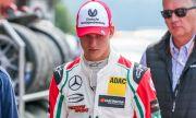 Синът на Шумахер говори откровено за баща си
