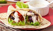 Рецепта за вечеря: Тортила с пилешко и зеленчуци