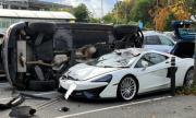 Audi Q5 се спъна в McLaren 570GT