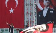 Западът скача на Турция