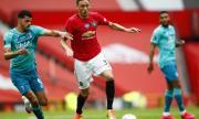 Манчестър Юнайтед предлага нов договор на Неманя Матич