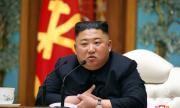 Откриха мистериозна следа на ръката на Ким Чен Ун