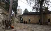 Троянският манастир ще излъчва онлайн около Великден