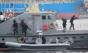 Военноморските сили демонстрираха овладяване на кораб-нарушител