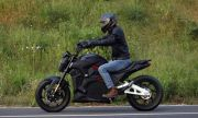 Китай пусна електрически мотоциклет с автономен пробег от 419 км