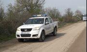 Бежанци твърдят, че са били бити и ограбени от български полицаи