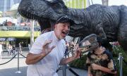 Всички обичат динозаври (ВИДЕО)