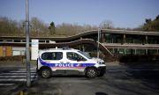 Над сто души на нелегална вечеря във Франция