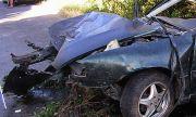 Борят се за живота на жена, пострадала при тежка катастрофа край Гърмен