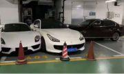 Жена се скара с мъжа си и потроши коли за няколко милиона долара