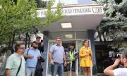 БОЕЦ: Тръгвайте към блокадите, десетки бусове с жандармерия пътуват към София