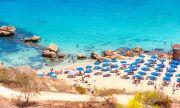 Кипър отваря врати за ваксинирани туристи