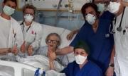 Баба Алма на 95 години оздравя от коронавируса