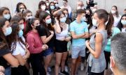 В Каталуния наложиха карантина на близо 340 деца на втория ден от началото на учебната година