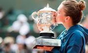 Бивша №1 в женския тенис, смалила огромния си бюст, се омъжи за милиардер