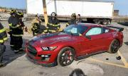 Пожарникари накълцаха най-мощния Mustang за тренировка