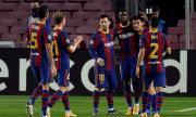 Директорите и футболистите на Барселона се помириха преди Класикото