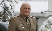 Почина началникът на отбраната