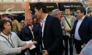 Жена изсипа кофа вода върху Кирил Петков в Пловдив
