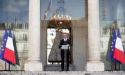 Обявиха състава на новото правителство на Франция