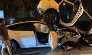 Шофьор на Tesla обвинява автопилота след катастрофа със SUV