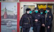В Москва пазят карантината с глоби