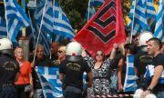 С ярост, ритници и юмруци - завръщат ли се неонацистите в Гърция?
