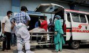 COVID-19 и конспирации: Индия се бори с две бедствия едновременно