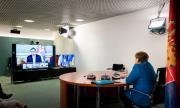 ЕС съдейства в преговори между Косово и Сърбия