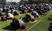Празнична молитва на открито за Рамазан байрам в Кърджали