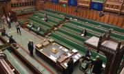 Великобритания осигурява гражданство за граждани на Хонконг