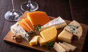 Страничните ефекти от яденето на твърде много сирене