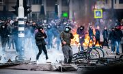 Невиждани агресия и вандализъм по улиците на Нидерландия