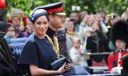 Кралицата готви нов удар по Хари и Меган