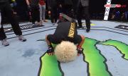 Хабиб приспа Гейджи, победи го и се оттегли от MMA (ВИДЕО)