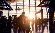 Мъж живя на летище, за да се скрие от коронавируса