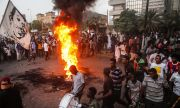 Судан: пуч с мирис на пари и власт