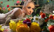 Михаела Маринова с нов сингъл на английски (ВИДЕО)