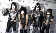Kiss подновява прощалното си турне