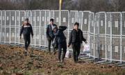 130 000 бежанци са преминали границата на Турция