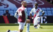 Във Великобритания: Арестуваха 12-годишен за расизъм срещу футболист