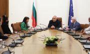 Венци Мицов: Преди година предложих ясни правила за подкрепа на артистите